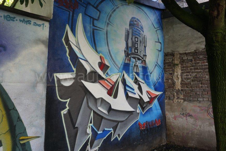 Graffiti R2-D2
