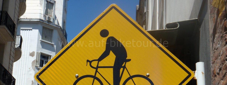 Achtung, Biker