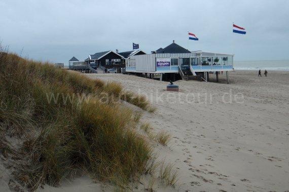 Am Strand von Renesse